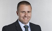chris tsakonas, pre-owned vehicle sales manager, mercedes-benz sydney